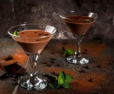 Martini, Alcoholic Drinks, Food And Drink, Tableware, Dinnerware, Tablewares, Liquor Drinks, Alcoholic Beverages, Dishes