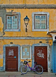 Door n windows of Vila Real de Santo Antonio, Faro_ Portugal