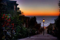 Sidewalk Sunset, Manhattan Beach, California  photo via weare