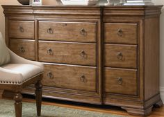 UF-071040 Universal Pennsylvania House New Lou Drawer Dresser
