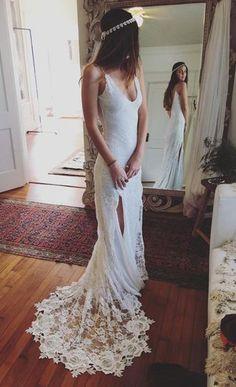 Lace wedding Dresses,Beach Wedding Dress,Bridal Gown,Bridal Dresses,Cheap Wedding Dresses on Line,V-neck Spaghetti Straps Beach Wedding Dress,Side Slit Lace Bridal Dress,Prom Dress, SW26