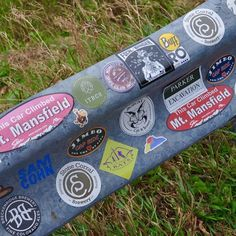 Found some Stowe sticker friends! ✨ . . #nedsayz #ned #stickers #bekind #stickerslap #freestickers #positivevibes #kindnessrocks #kindnessmatters #kindnessismagic #kindnessisfree #bekindtoall #stickerpack #goodvibes #travel #instagood #love #stickerart #photooftheday #vinylstickers #stickerlove #appgap