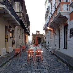 San Juan-there is a cute bar at the end of this street :)