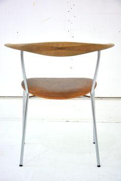 Wonderful small dining chair from the Bull horn series of chairs - Hans Wegner - PP Møbler | Danish-homestore | DesignAddict