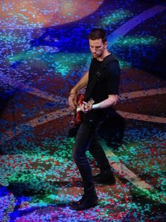 Guy Berryman Coldplay Edmonton Rogers Place Sept 27, 2017