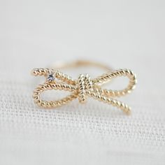 Gold Twisted bow ring, Infinity ring, Twisted rope