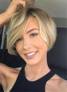 62 of the Popular Short Hairstyles & Haircuts for Thin Fine Hair - These haircuts are THE must if you are suffering from gradual thinning hair Bob Haircuts For Women, Short Bob Haircuts, Short Hair Cuts For Women, Summer Haircuts, Summer Hairstyles, Short Hair Cuts For Round Faces, Christmas Hairstyles, Long Faces, Elegant Hairstyles