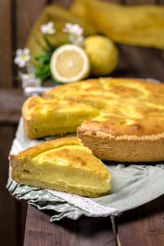 Coconut Pound Cakes, Yogurt, Confort Food, Torte Cake, Sweets Cake, Desert Recipes, Other Recipes, Tasty Dishes, Italian Recipes