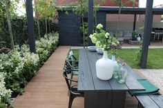 Design by Huib Schuttel Garden Spaces, Garden Design, Courtyard Gardens Design, Small Gardens, Dream Garden, Outdoor Inspirations