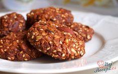 Při všech těch sladkých dobrotách, které se chystáme péct na Vánoce vám přináším zdravější recept na křupavé sušenky plné těch nejlepších surovin. Samozřejmě můžete přidat i jiné suroviny, které máte rádi jako například kandovaná pomerančová kůra nebo jiné sušené ovoce. Autor: Rebeka (Naďa I.) Healthy Life, Almond, Healthy Recipes, Cookies, Meat, Chocolate, Ethnic Recipes, Desserts, Food