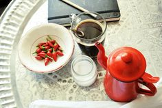Coffee Break   The Italian Way of Design: Il vassoio marocchino   The moroccan Tray