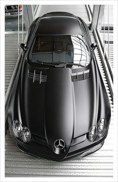 Meilenwerk Düsseldorf, 29.07.2007 - on tour with Ozan  Matt black Mercedes-Benz SLR 722 Edition - 476.000 EUR, only 150 times built  large on black  Like my pictures? Visit my Facebook page.  Don't use this image on any media without my permission.  © All rights reserved.
