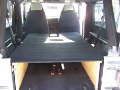 The Grey Jeep Unlimited Jeep Wrangler Camping, Jeep Wrangler Interior, Jeep Camping, Jeep Wrangler Sport, Jeep Bed, Jeep Hacks, Jeep Unlimited, Van Dwelling, Diy Camper