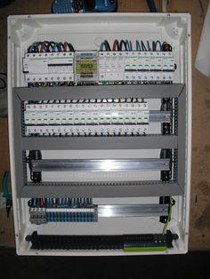 CIMG3917  http://ingenieriaeintegraciones.com/portofolio/cuadros-en-los-talleres-de-una-planta-petrolifera-en-argelia/