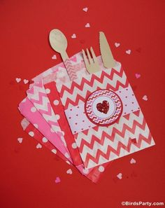 Valentine's Day Hearts Party Printables Supplies | BirdsParty.com