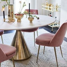 33 Amazing Modern Dining Room Design Ideas You Will Love - Hosting dinner parties is an excellent way to entertain friends, family and even business associates. Creating a beautiful table setting with candles,. Low Back Dining Chairs, Modern Dining Table, Small Dining, Table And Chairs, Room Chairs, West Elm Dining Table, White Round Dining Table, Office Chairs, Marble Dinning Table