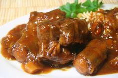 Classic Crock-Pot Oxtail Stew with Red Wine