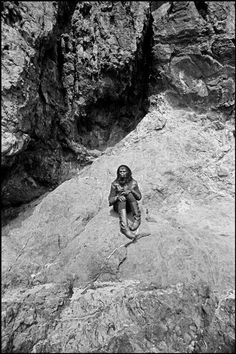 awesome behind-the-scenes pics from original Planet of the Apes