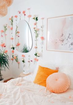 Flower power 🌸🌸🌸 Made a flower wall in the bedroom with artificial flow… – Room Inspo✨ Cute Room Ideas, Cute Room Decor, Cheap Room Decor, Room Ideas Bedroom, Bedroom Designs, Budget Bedroom, Bedroom Inspo, Girls Bedroom, Cozy Bedroom