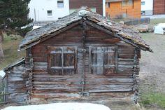 Skiing in Zermatt Zermatt, Zurich, Skiing, Cabin, Live, House Styles, Home Decor, Ski, Decoration Home