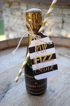 Set di 6 Tag Champagne / / Pop Fizz Clink / di MelissaLynneDesign