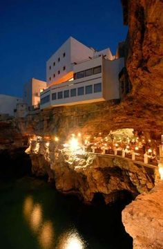 LET'S STAY: The Summer Cave Restauarnt in Southern Italy