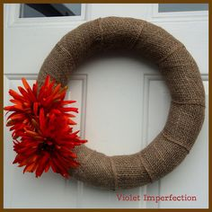 Violet Imperfection: Easiest Burlap Wreath Ever