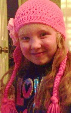 My granddaughter Kylie wearing the hat I made her for Christmas.
