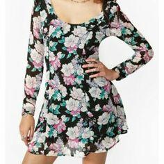 Nasty Gal - Floral Dress