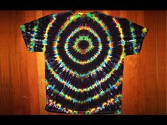 Part 2 of the series. This video shows how to tie and dye black-backed spirals, off-center spirals and symmetrical spirals using Jacquard's Tie Dye Kit (with...