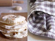 Chapati: il pane indiano senza lievito--farina bianca 00: 150 gr. acqua: 100 ml sale fino: 1/2 cucchiaino olio extra vergine di oliva: 1 cucchiaino burro: 30 gr