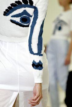 Idea for a long sleeve shirt or jacket.