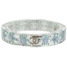 Chanel Pre-Owned Lucite Crystal Sequin Flower Cc Bangle ($620) ❤ liked on Polyvore featuring jewelry, bracelets, clear, bangle bracelet, lucite jewelry, crystal jewelry, bracelets bangle and acrylic bangle