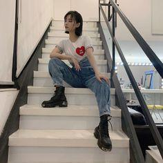 Fashion Pants, Fashion Outfits, Korean Aesthetic, Female Actresses, Tokyo Fashion, Asia Girl, Girl Photography Poses, Ulzzang Girl, Japanese Girl