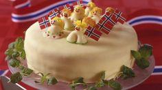 Syttende Mai Kake with marcipan. Norwegian Cuisine, Norwegian Food, Norway Food, Marzipan Cake, Swedish Recipes, Norwegian Recipes, Scandinavian Food, Danish Food, Pastry Shop