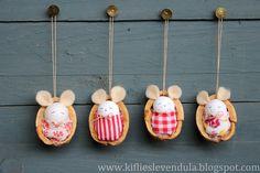 Kifli és levendula: Egérkék dióhéjban - little mice in nutshells Handmade Christmas Crafts, Homemade Christmas, Felt Crafts, Holiday Crafts, Christmas Diy, Diy And Crafts, Christmas Decorations, Christmas Ornaments, Holiday Decor