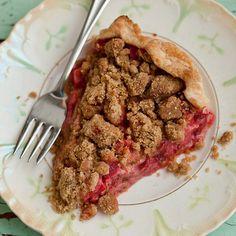 Strawberry Rhubarb Crumb Pie from the cookbook Vegan Pie in the Sky Pie Recipes, Vegan Recipes, Dessert Recipes, Pie Crumbs Recipe, Filling Recipe, Strawberry Rhubarb Crumble, Rhubarb Jelly, Rhubarb Tart, Biscuits
