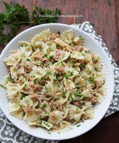 Salata de paste cu ton - Bucataria Romaneasca Pasta Salad, Ethnic Recipes, Food, Salads, Meal, Essen, Noodle Salads, Macaroni Salad