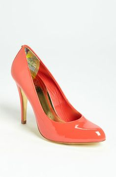 Ted Baker London 'Jaxine Pump We love a coral patent shoe so fab with dark jeans Patent Shoes, Pumps Heels, High Heels, Fashion Shoes, Fashion Accessories, Fashion News, Ted Baker Bag, Baker Shoes, Bridesmaid Shoes