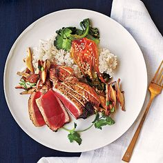 Davis Vision - Try Sesame Albacore Tuna. Women who eat a diet rich in tuna are less likely to have dry eye syndrome. Fish Dishes, Seafood Dishes, Seafood Recipes, Tuna Dishes, Veggie Dishes, Fish Recipes, Salad Recipes, Main Dishes, Fresh Tuna Recipes