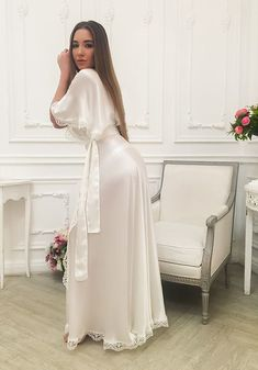 I love satin and girls Satin Lingerie, Pretty Lingerie, Bridal Lingerie, Beautiful Lingerie, Pyjama Satin, Satin Sleepwear, White Satin Blouse, Satin Blouses, Satin Dressing Gown