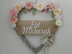 Big rattan heart wreath with Eid mubarak wooden sign/ Eid decoration/ eid decor/Eid celebration/eid wreath/ ramadan gift. Eid Crafts, Diy And Crafts, Paper Crafts, Eid Mubarek, Islam, Ramadan Activities, Eid Party, Happy Eid Mubarak, Ramadan Gifts