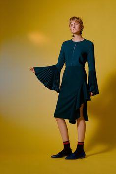 Kaelen Fall 2016 Ready-to-Wear Collection Photos - Vogue