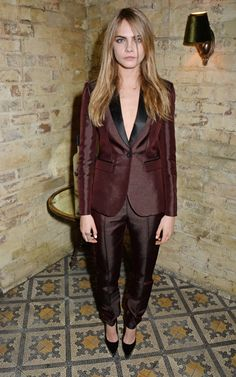 British model Cara Delevingne wearing Burberry tailoring at the Harvey Weinstein pre-BAFTA dinner in London Jamie Campbell Bower, London Fashion Weeks, Cara Delevingne Style, Fashion Models, Fashion Trends, Women's Fashion, Fashion Styles, Editorial Fashion, Fashion Outfits