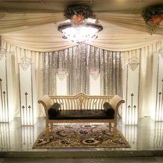 Lagun Sari Crowning Glory #lagunsari #wedding #catering #function #event #events #wow #crown #decoration #deco #lagunsarirock lagunsarilove #love #like #ilove #halal #halalsg #food #foodie #makan #delicious #happiness #fun #bliss