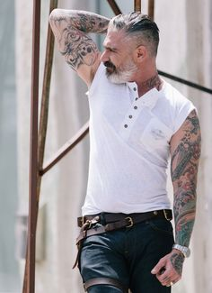 Our classic muscle tee! screen on pocket Made in the USA SIZE & FIT True to Size Extended Sizes available upon request. Longer lead time may apply. Daniel Sheehan, Long Sleeve And Shorts, Le Male, Statement Tees, Sharp Dressed Man, Mature Men, Men Street, Older Men, Hair And Beard Styles