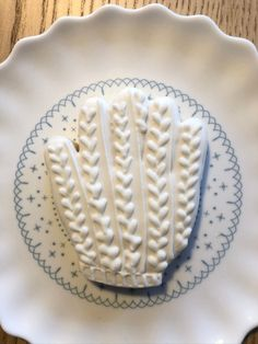 Winter Butter, Pie Dish, Dishes, Desserts, Food, Cookie Recipes, Tailgate Desserts, Meal, Dessert