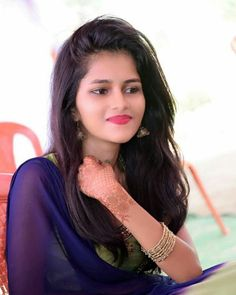 Indian beautiful girls hot images and sexy thigh legs pictures and sexy novel pictures and cute pictures and beautiful images . Beautiful Girl Photo, Cute Girl Photo, Beautiful Girl Indian, Girl Photo Poses, Beautiful Girl Image, Beautiful Images, Beautiful Saree, Beautiful Babies, Beautiful Women