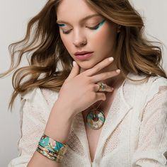 Adorned with art! Interpreted in finest Viennese fire-enamel, FREYWILLE has taken inspiration from Vincent van Gogh's paintings to create jewels full of life, shine and true beauty. Vincent Van Gogh, True Beauty, Wood Watch, Enamel, Make Up, Fire, Paintings, Gift Ideas, Jewels
