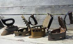 Vier strijkijzers - ca. 1900
